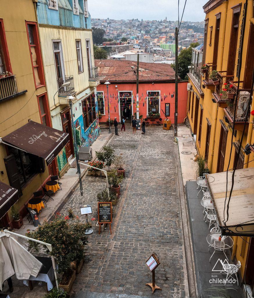 Viela charmosa de Valparaíso