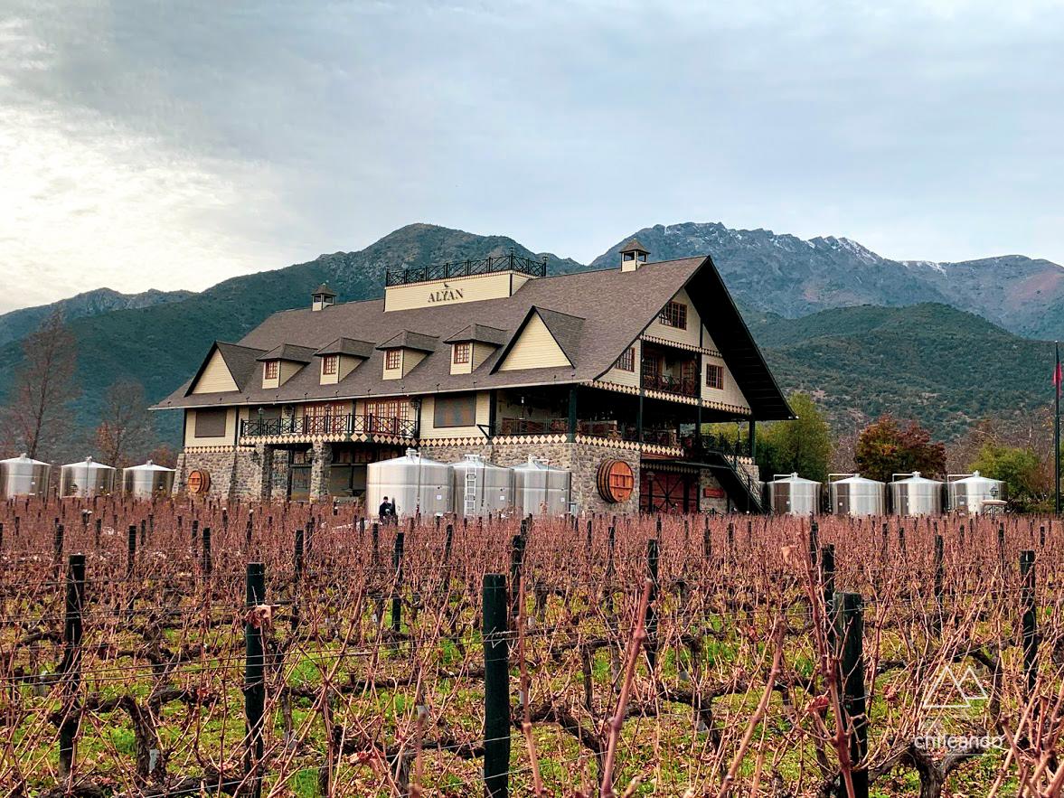 A bodega impecável da vinícola Alyan, em Santiago