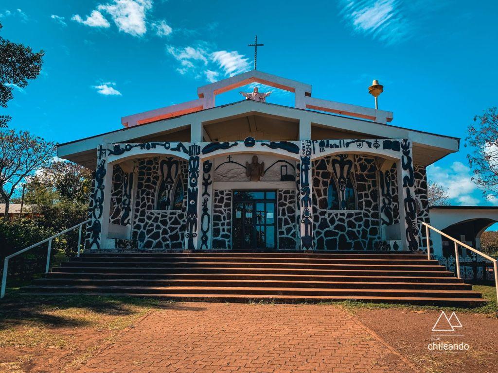 Atualmente, a principal religião da Ilha de Páscoa é a católica