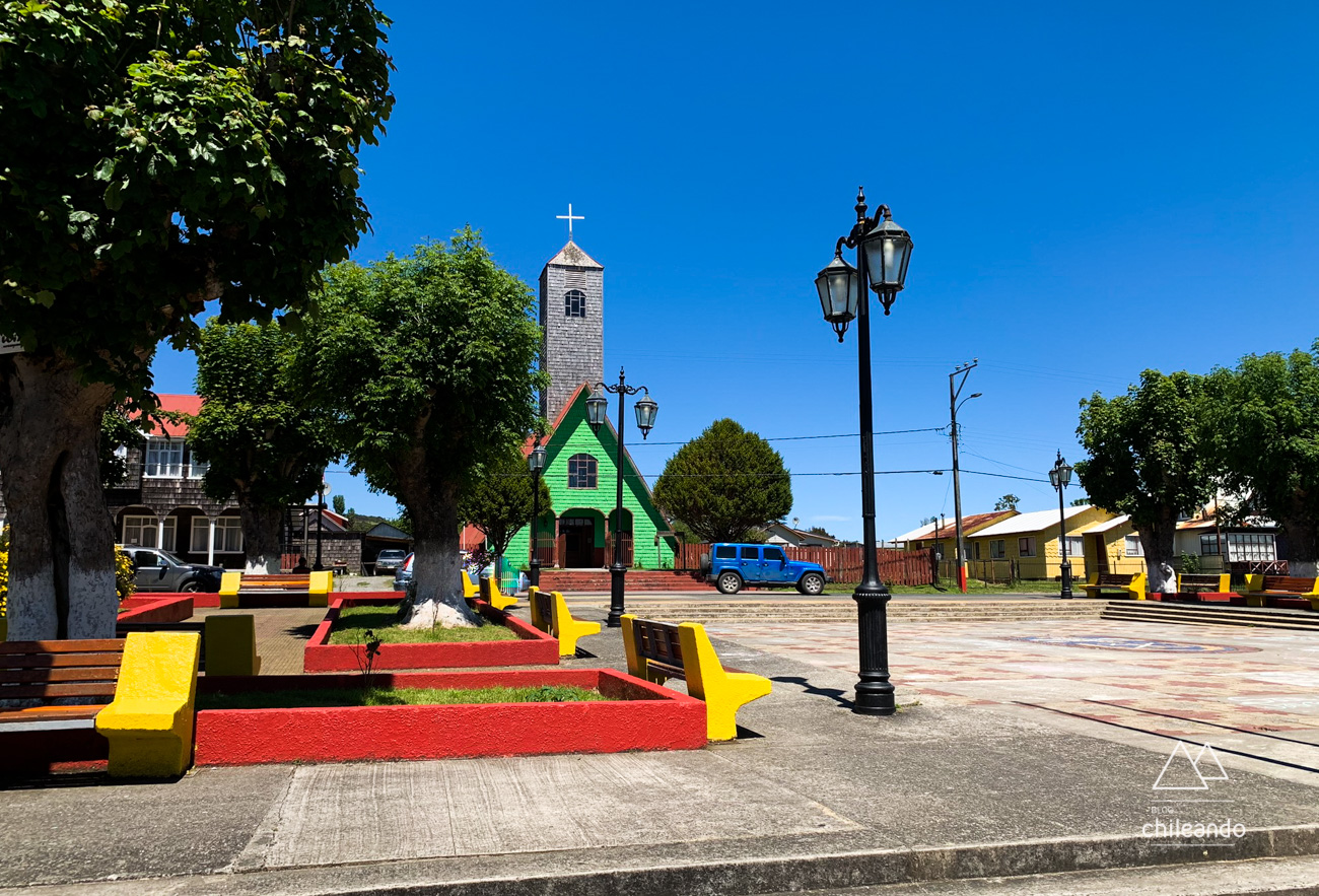 Plaza de Armas de Curaco de Velez, na ilha Quinchao