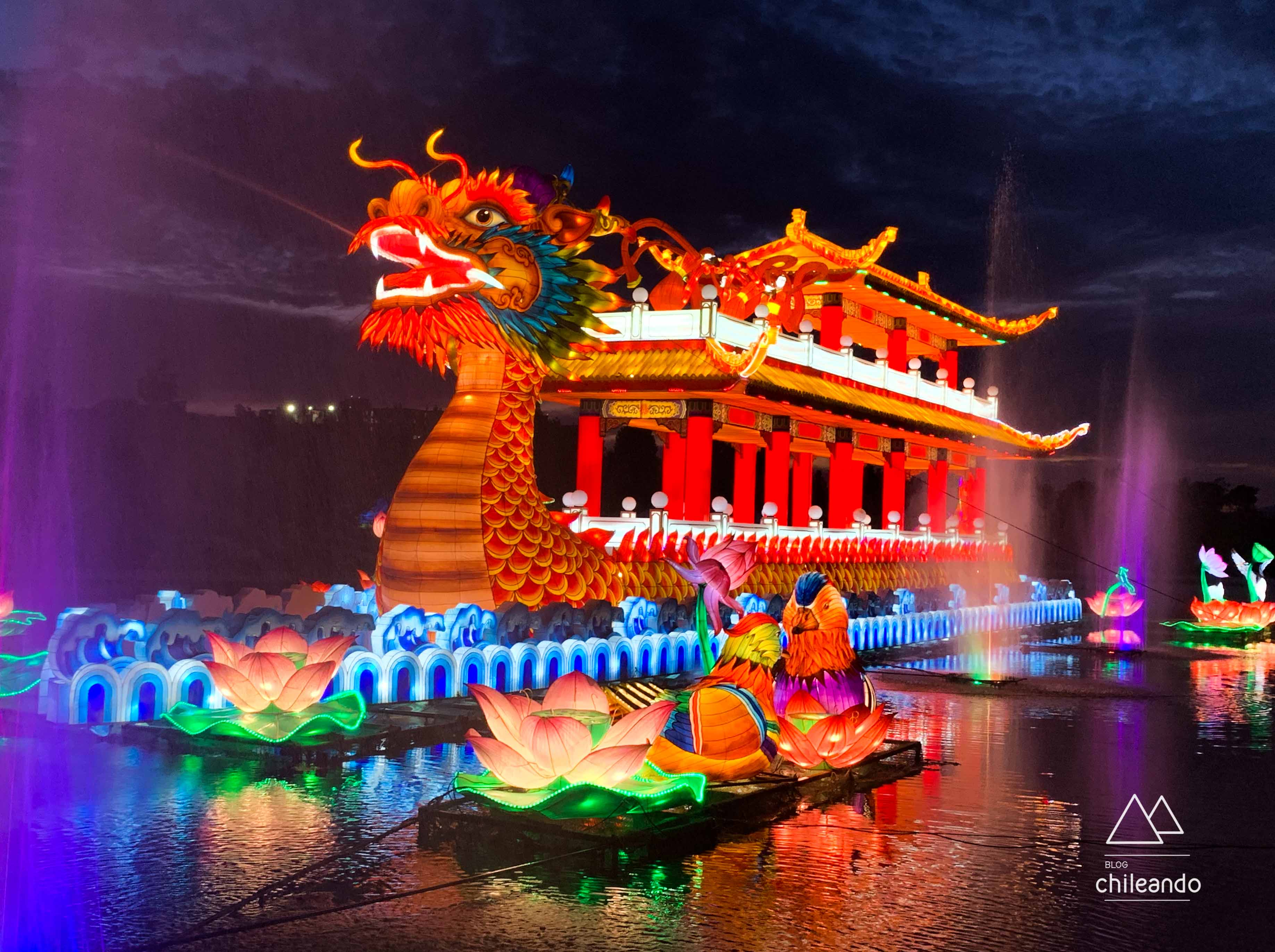 É possível percorrer as atrações do festival de luzes em cerca de 1 hora