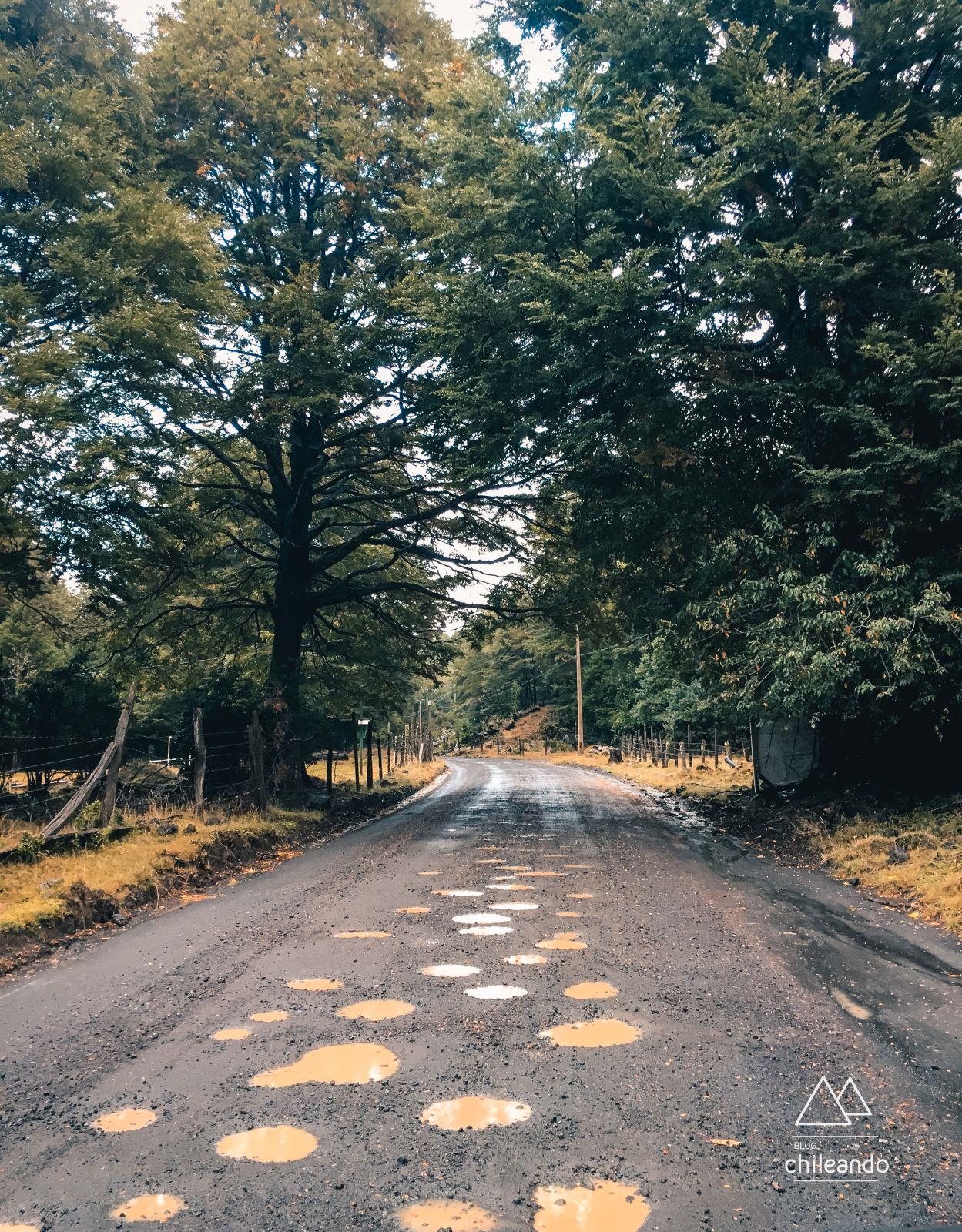 Trecho de estrada sem asfalto