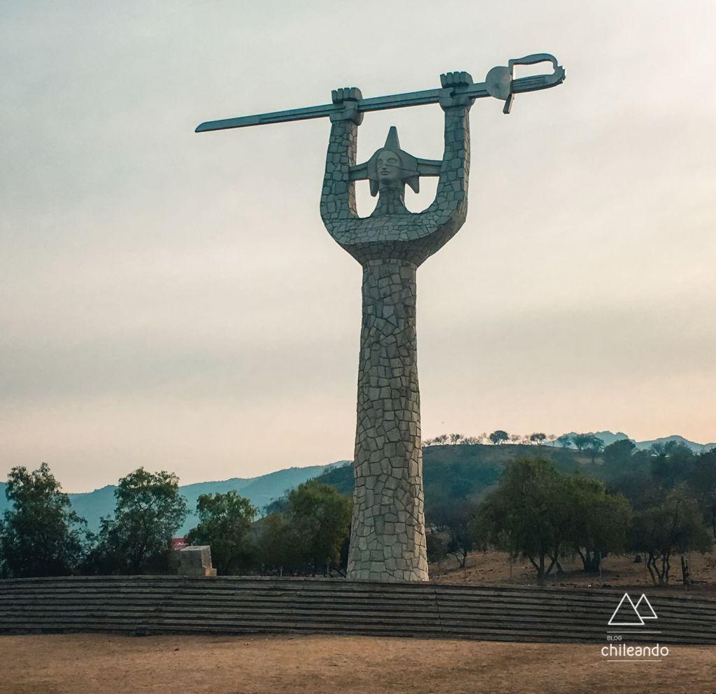 Monumento Chacabuco a caminho de Portillo
