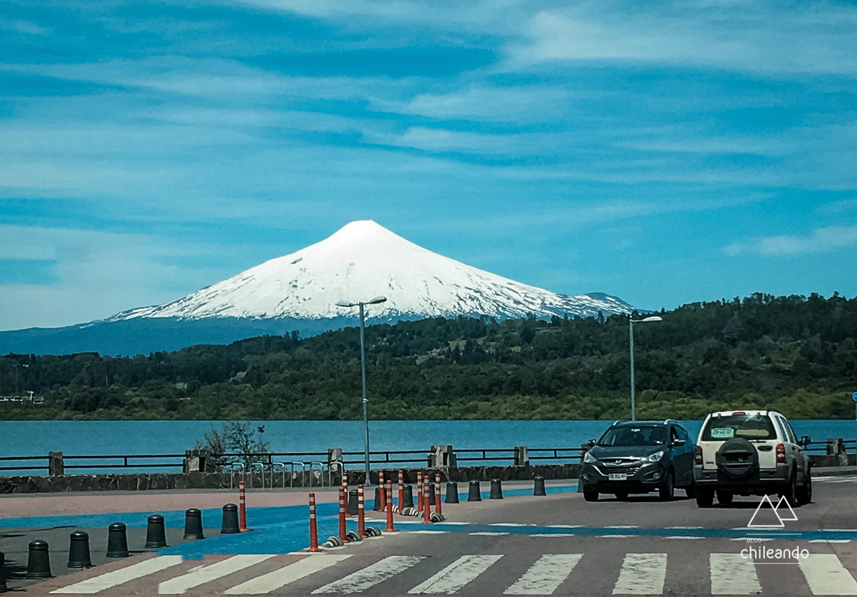 Vista para o lago e vulcão Villarrica