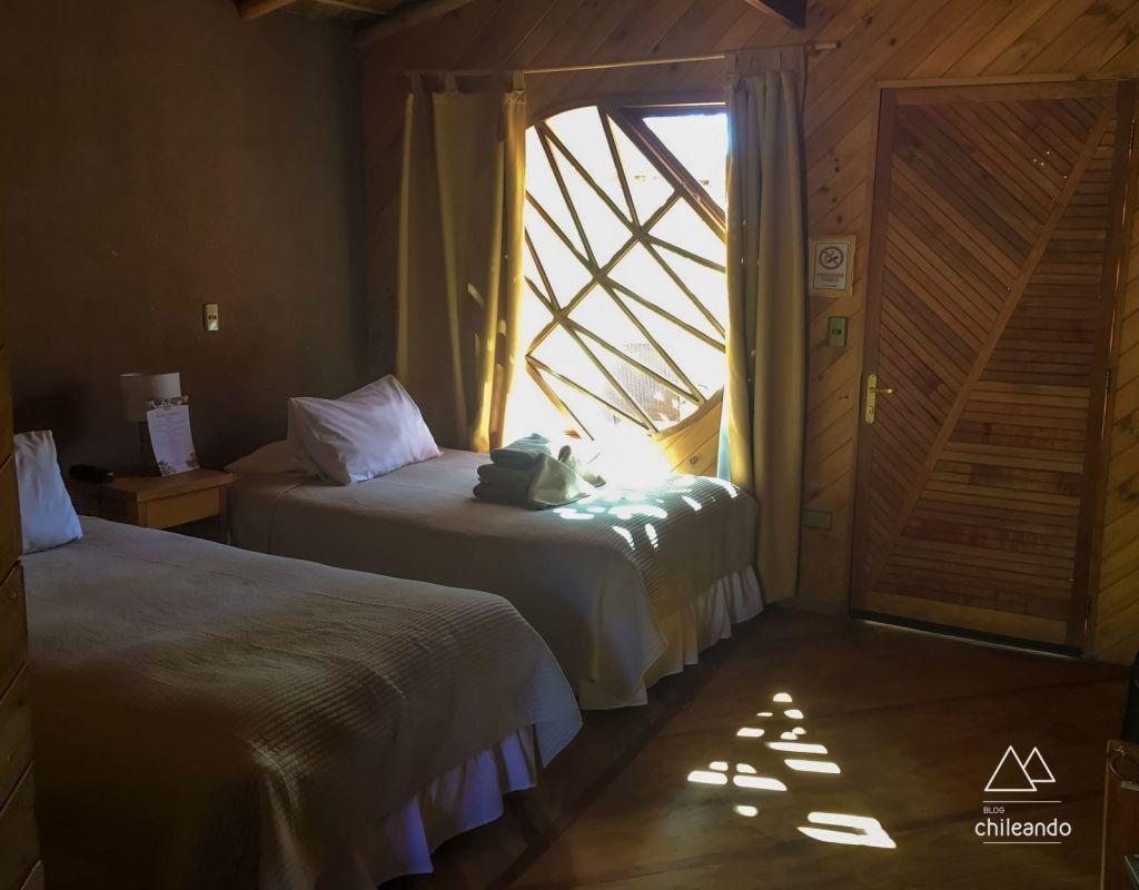 Quartos confortáveis e espaçosos no hotel Poblado Kimal