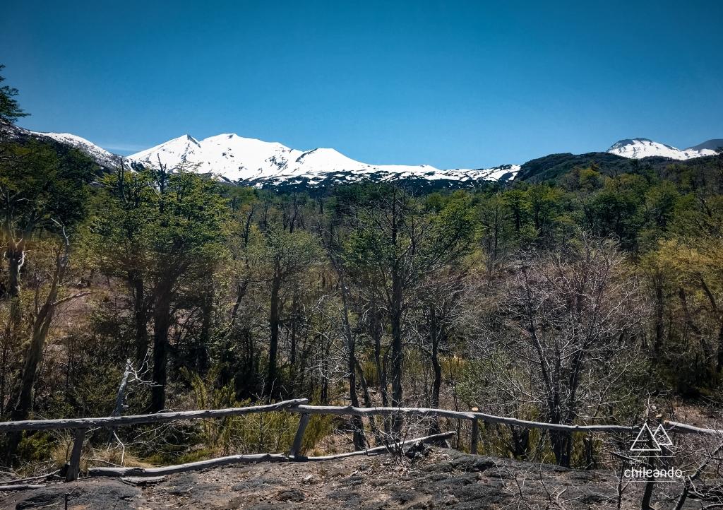 Mirante Los Volcanes, no Ecoparque Shangri-la, Chillán