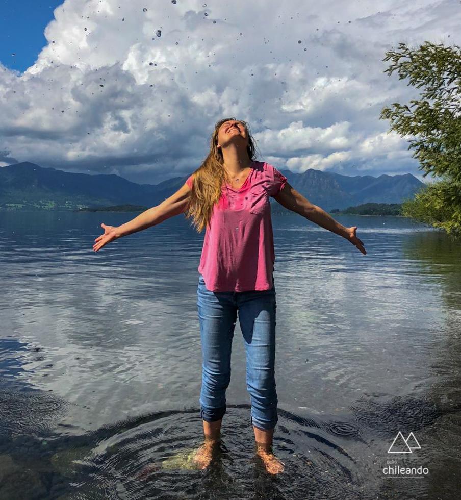 Curtindo a água transparente do lago Villarrica