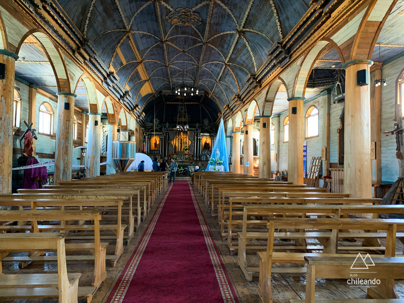 As igrejas da rota têm um mesmo padrão arquitetônico e são construídas em madeira