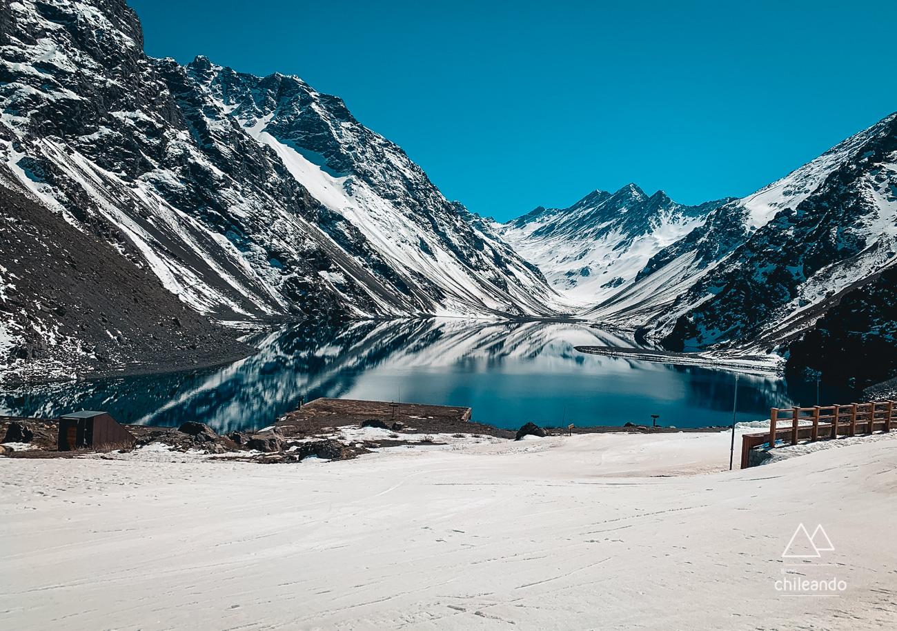 Laguna del Inca, em Portillo, no inverno