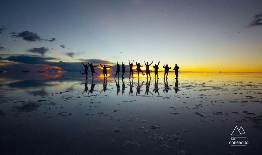 A alegria de quem teve um dia perfeito no salar de Uyuni