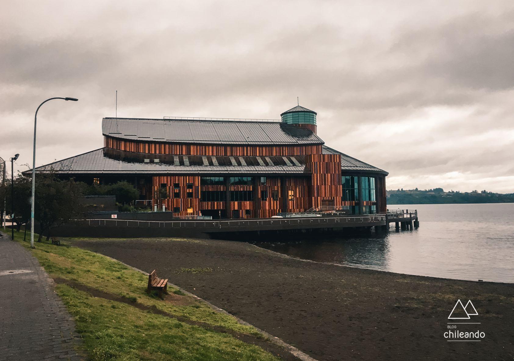 O Teatro do Lago pode ser visitado por dentro