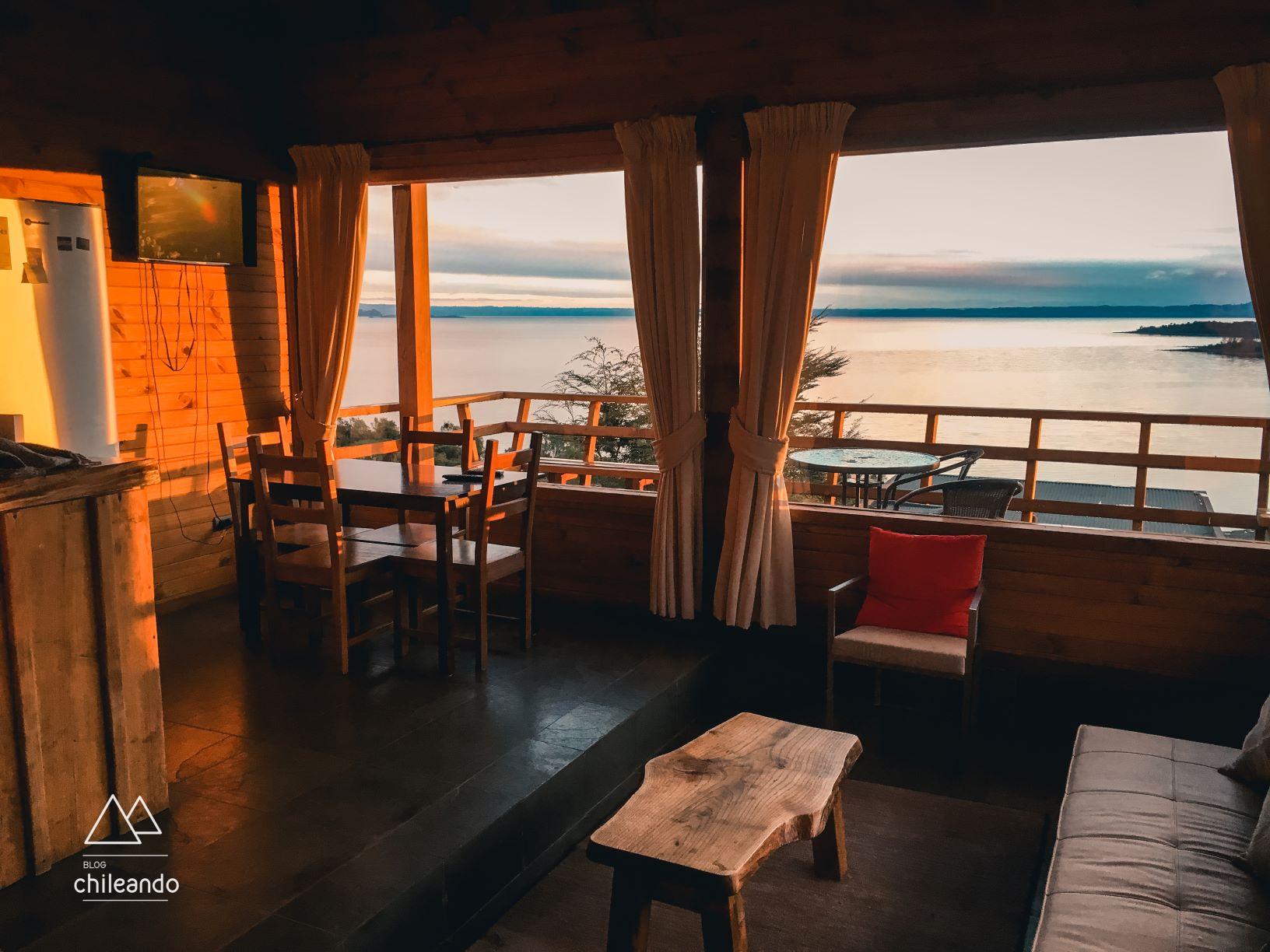 Cabanas familiares e românticas com vista para o lago Ranco